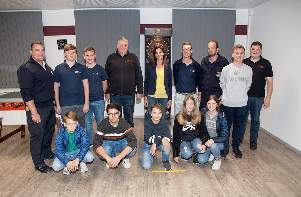 Spende für den Jugendraum der FFW Burghausen