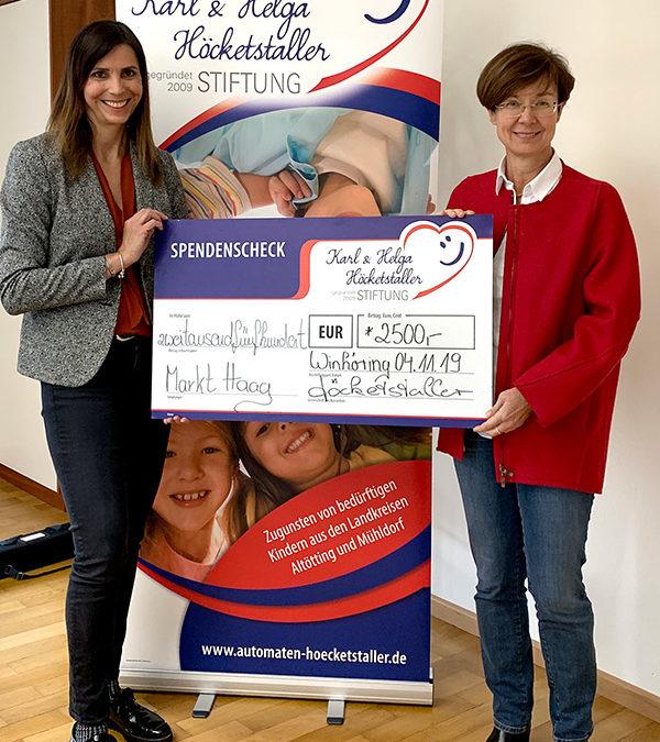 Spendenscheck Übergabe · Haag